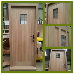 Front Door in Solid European Oak.