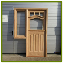 Front door with frame and sidelight - Handcrafted in solid Oak. Shown unglazed.